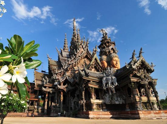探索泰国木雕之城