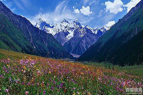 乌鲁木齐到伊犁旅游线路 伊犁 那拉提 新疆草原游