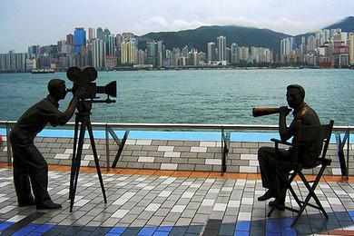 香港1日游>|香港仔避风塘鸭脷洲岛 老香港怀旧餐  夜游船餐  海味