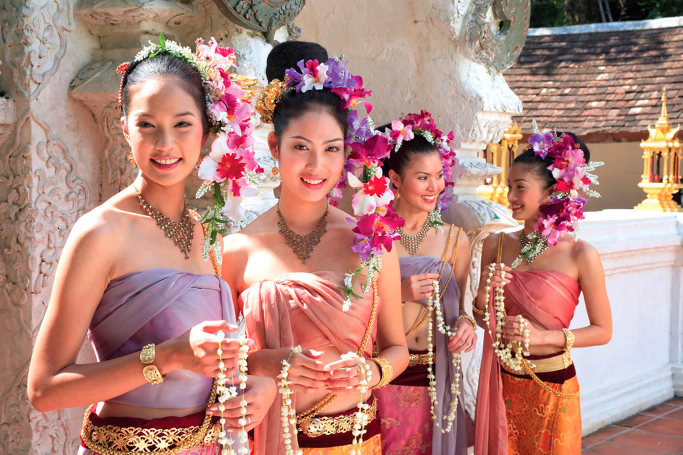 美女献花仪式 欢迎大家来到泰国旅游观光