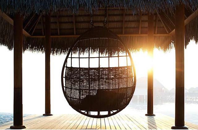 马尔代夫宁静岛7天2晚沙屋+2晚水屋+浮潜a类+喜达屋