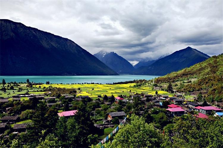 """小瑞士""""之称的西藏江南——林芝,游览 【措木及日】,措木及日又名冰湖"""