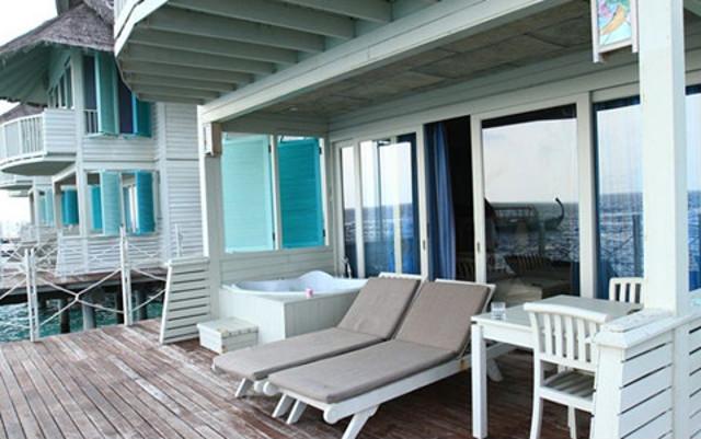 《马尔代夫特价--月桂岛》极具特色的双层水上屋,蜜月首选,两晚沙屋