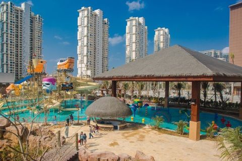 亚马逊丛林水乐园坐落于三亚湾红树林度假世界