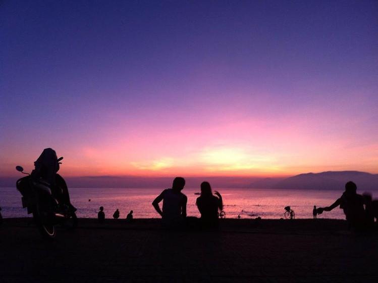 心形海岛微信背景图