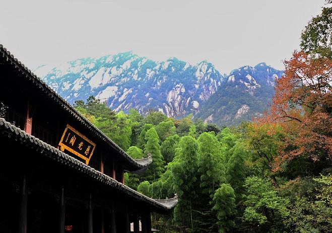 黄山火车站到黄山风景区怎么坐车