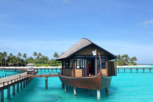 豪华五星级岛屿&马尔代夫伊露岛&3晚豪华沙屋+2晚水屋