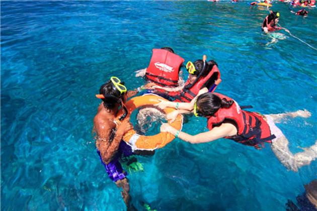 泰国普吉岛旅游 皇帝岛快艇一日游 浮深潜水可过夜船票码头酒店往返