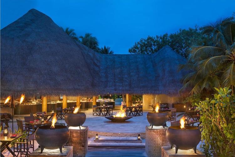 马尔代夫w宁静岛 2晚奇妙海滩绿洲别墅+2晚绝佳礁湖