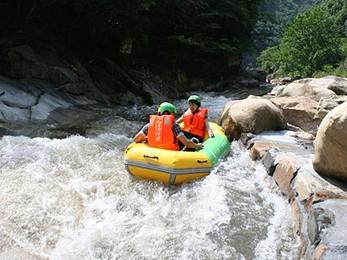 杭州大溪峡激流闯滩漂流自驾游门票图片