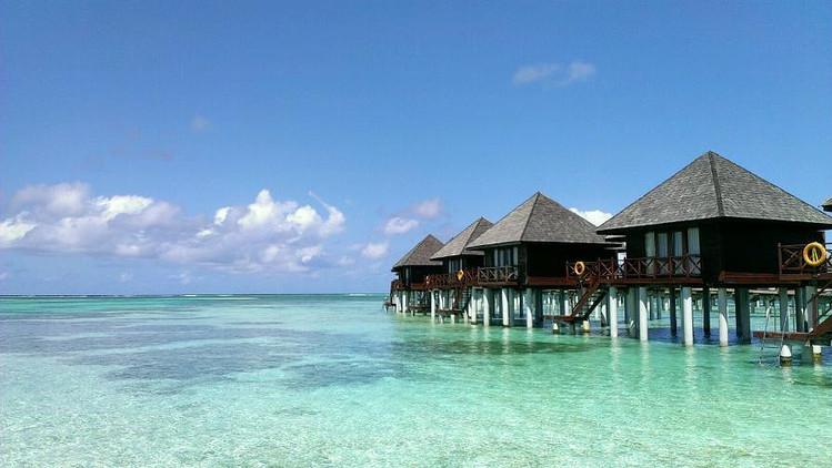 马尔代夫双鱼岛6日4晚自由行上海直飞·2沙2水·含早