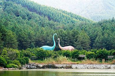 广州往返清远森波拉度假森林(奇妙世界 火山温泉)纯玩