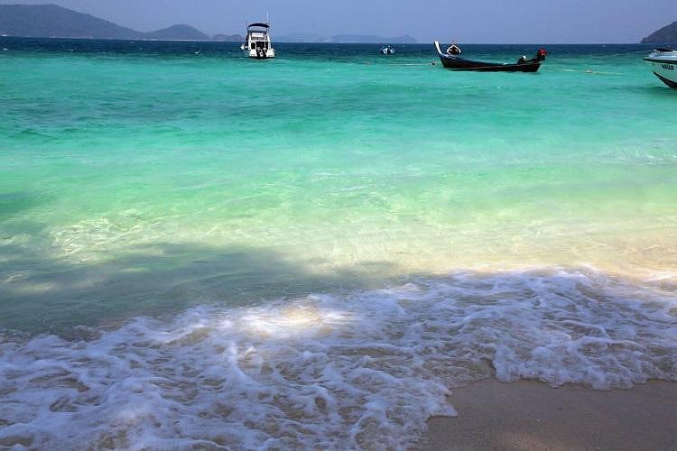 泰国普吉岛~【珊瑚岛 香蕉海滩】快艇浮潜一日游(可单