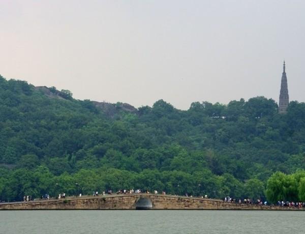 旅程网-出境部 杭州出发 杭州跟团游  杭州西湖的美景不仅春天独有
