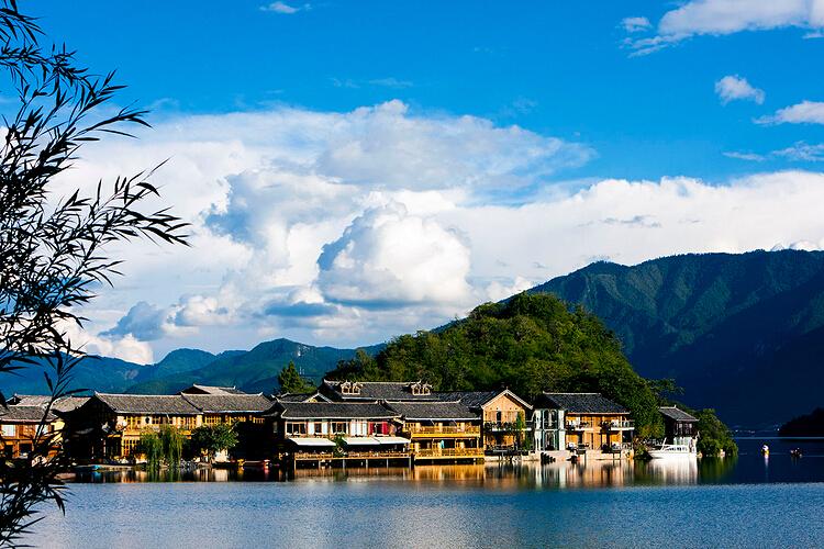西昌泸沽湖,泸山邛海双飞五日游