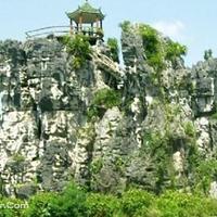 左江石景林