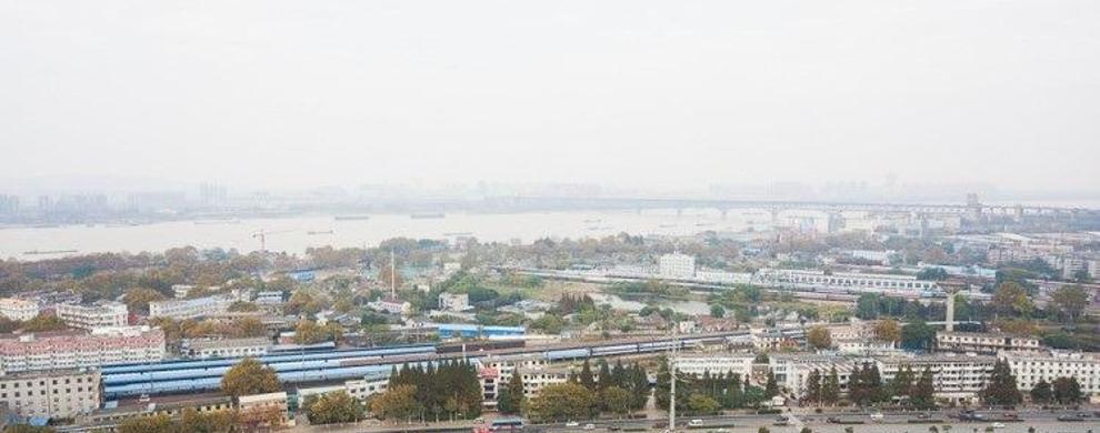 南京大桥尽收眼底