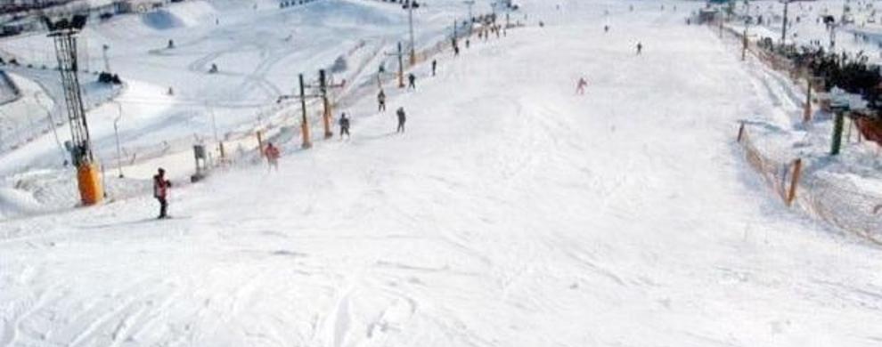 温泉、滑雪两不误