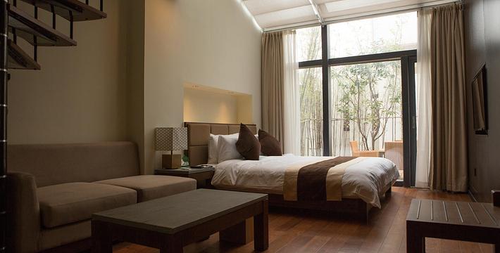 背景墙 房间 家居 酒店 起居室 设计 卧室 卧室装修 现代 装修 710