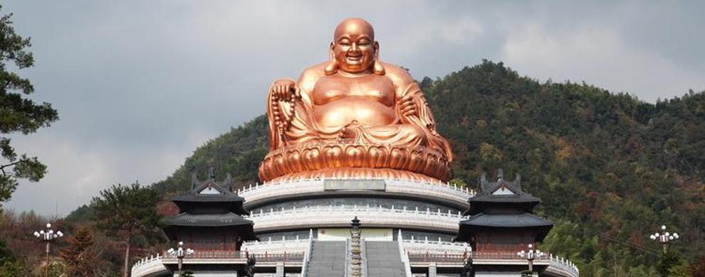 露天弥勒佛像