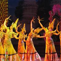 勐巴拉娜西歌舞秀