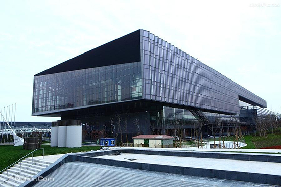 上海 上海世博中心  为世博永久性场馆中最重要的场馆之一 地址