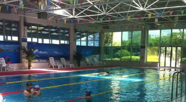 昊天游泳健身会所