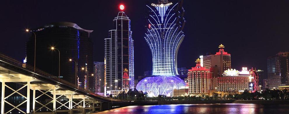 新旧葡京酒店夜景