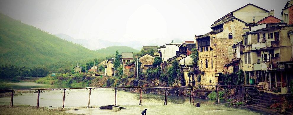 古镇与河桥