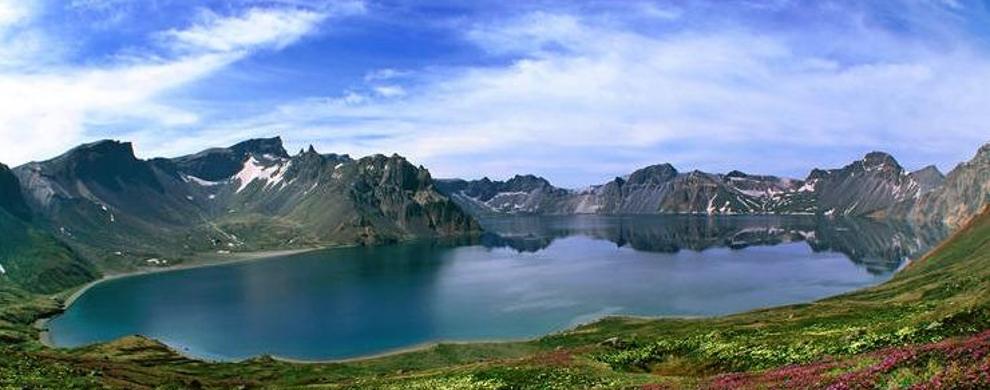 秀美高山湖