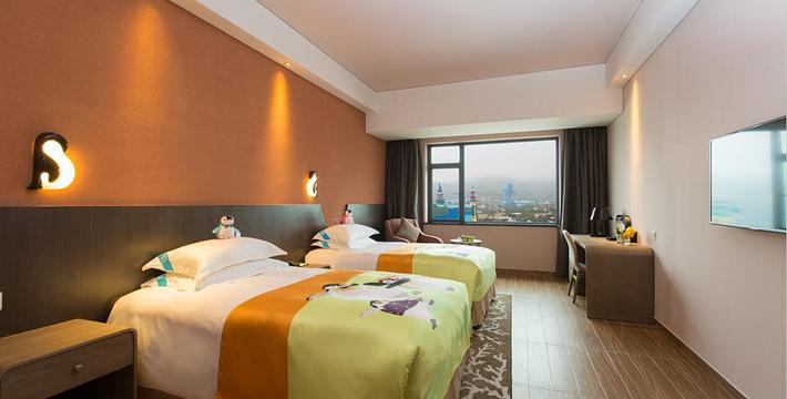 背景墙 房间 家居 酒店 设计 卧室 卧室装修 现代 装修 710_360