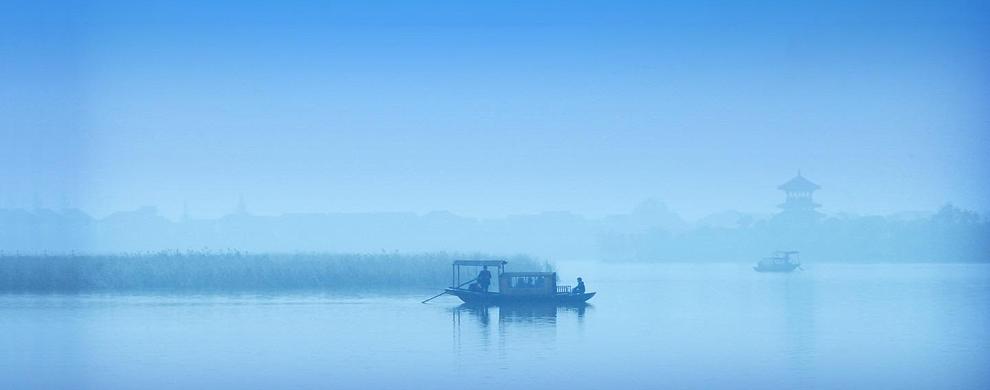 秀丽山海湖