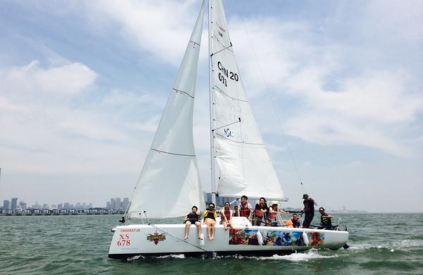 厦门香山游艇会帆船出海