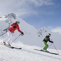 包头昆仑国际滑雪场