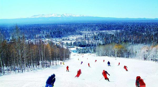 洛阳万安山国际滑雪中心