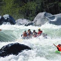 十二背后-清溪河漂流
