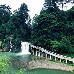 西江乌利大峡谷