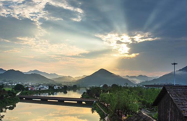 包含景点: 宁乡炭河古城 大型歌舞《炭河千古情》 去哪儿价 ¥