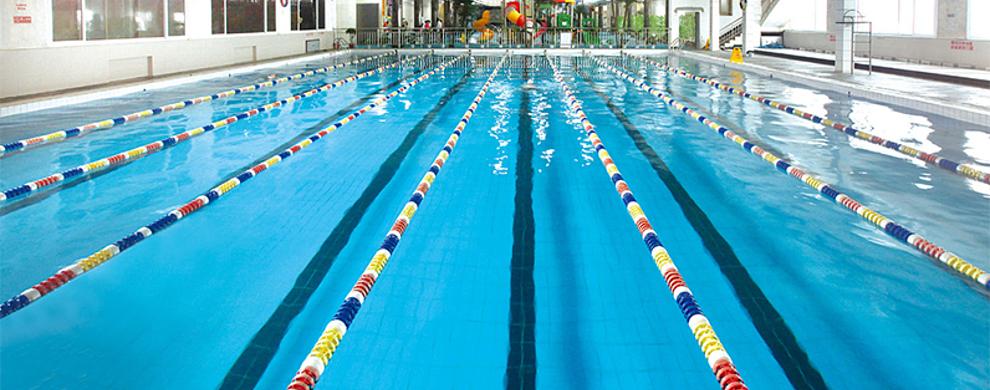 温泉游泳馆