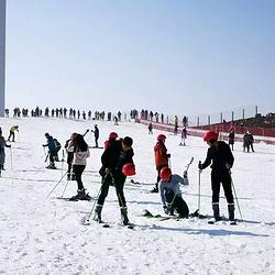 百里荒滑雪场