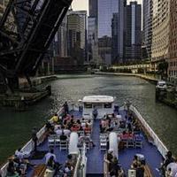 芝加哥建筑群游船