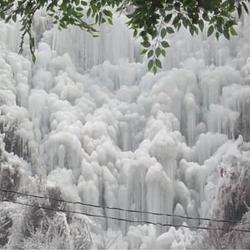 恒河源冰瀑