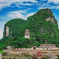 福峒(胡志明洞)风景区