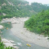 宝天曼峡谷漂流