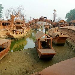 麻龙湾清明上河图文化园