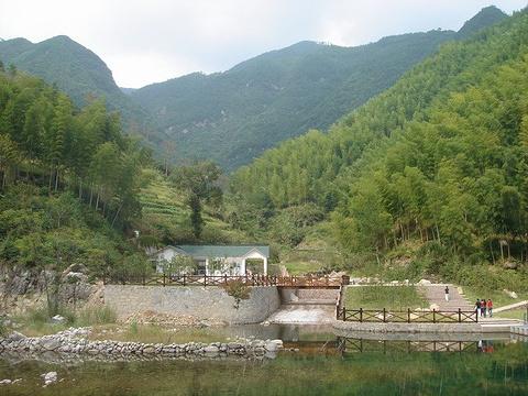 黄岩大瀑布旅游景点图片