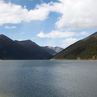措木及日湖