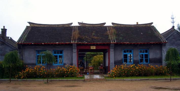 吉林省吉林市松花江东岸 查看地图  建筑独具满族特色,感受浓郁的民族