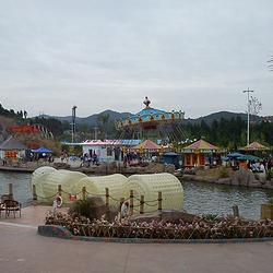 阆中熊猫乐园