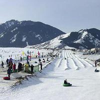 阳光滑雪场